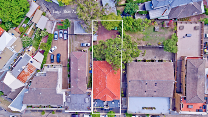 Mixed-use block of four units in beachside Bronte fetches $6.2 million at auction