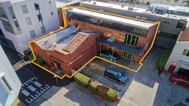Warehouse conversion in inner Melbourne sells for $985,000, another listed for $2.1 million