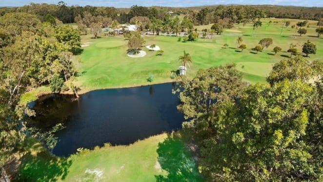 Noosa par 3 golf course listed for sale