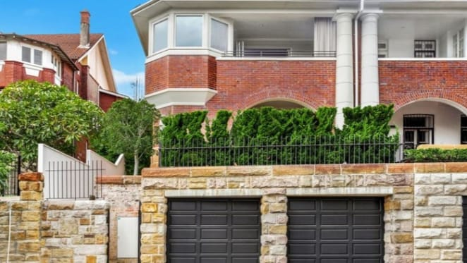 CBA executive George Confos buys in Darling Point