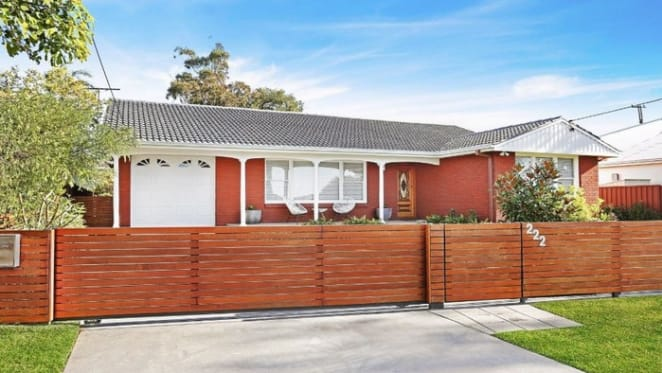 Sydney at 44% in updated weekend auction clearance rates