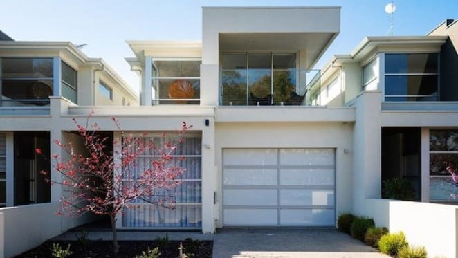 Former Port Adelaide star Warren Tredrea lists Adelaide home