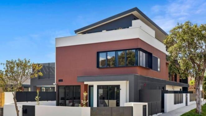 Hampton, Victoria mortgagee villa listed