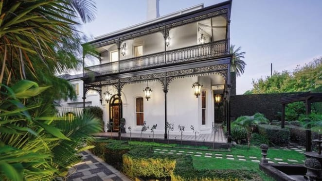 Bargain property in Hawthorn? Two million dollar discount on luxury home