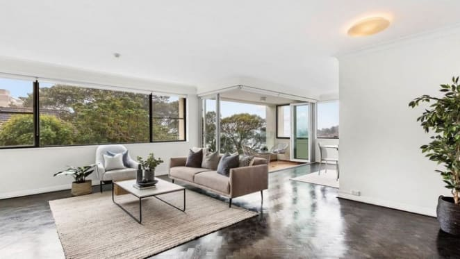 Brothers Anthony and Sam Hordern buy Darling Point apartment