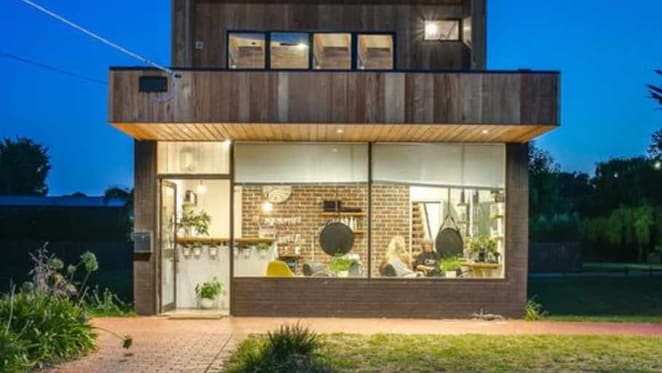Tootgarook House Rules home and studio passed in at auction