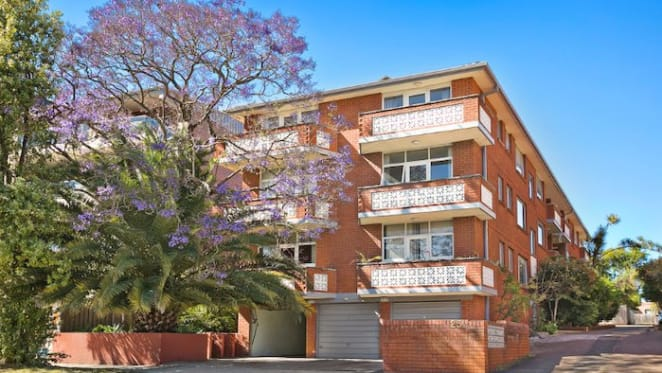 Sydney auction clearance rate remains strong for late spring