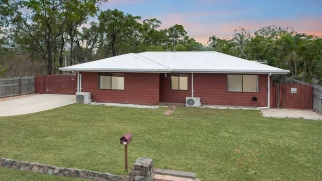 Three bedroom Burdell house for sale by mortgagee