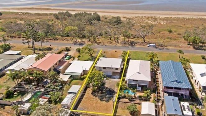 Three bedroom Kinka Beach house sold by mortgagee