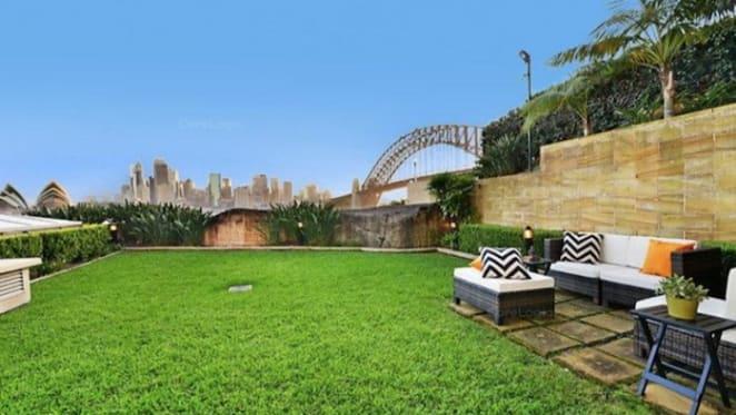 Kirribilli apartment smashes suburb record with $10.8 million sale