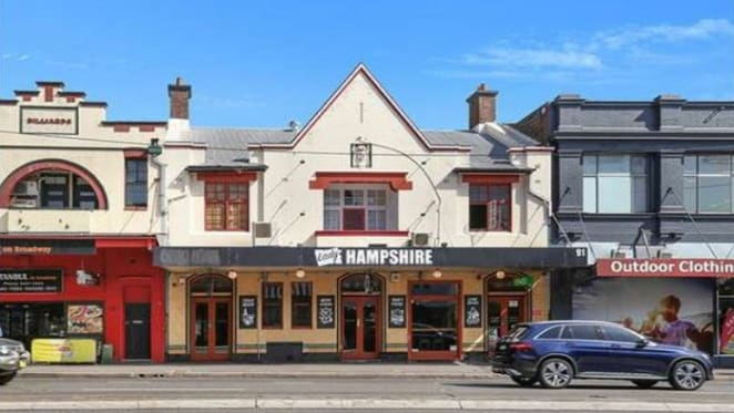 Paddy Coughlan sells the Lady Hampshire Hotel, Camperdown to Joey's syndicate