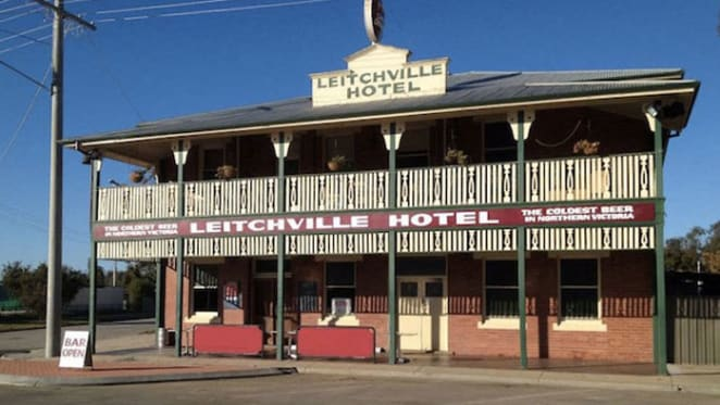 Leitchville traditional country pub for sale