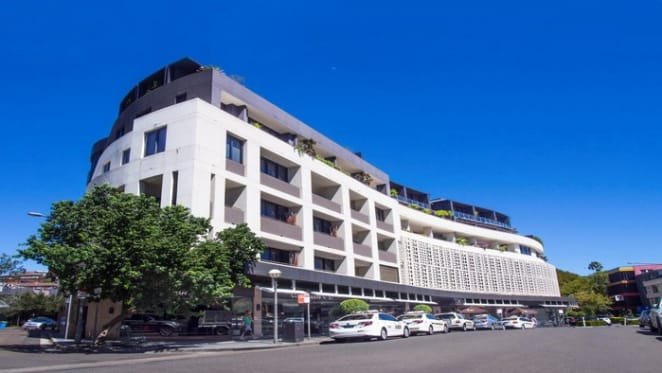 Eduard Litver buys retail slice of Cosmopolitan Centre, Double Bay