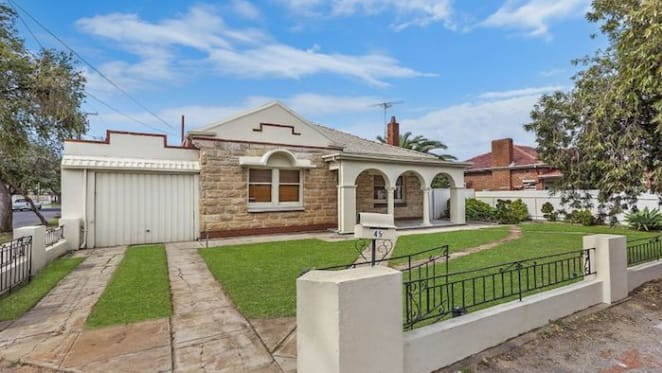 Manningham art deco style house sold by mortgagee