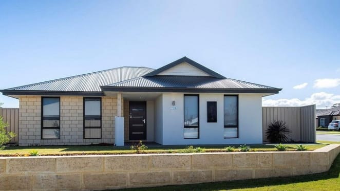 Meadow Springs, WA mortgagee home under offer