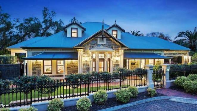 2004-built bluestone Medindie trophy home sold