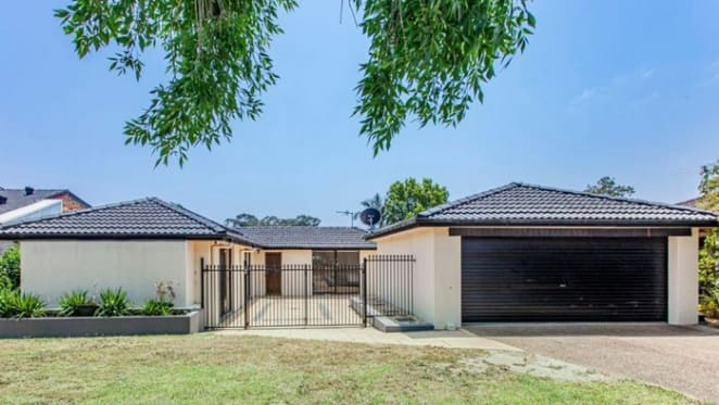 Medowie, NSW mortgagee home sold under the hammer