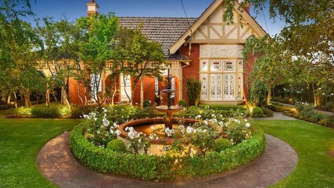 Gowrie, Moonee Ponds trophy home listed