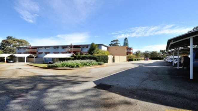 Two bedroom Parmelia unit sold by mortgagee