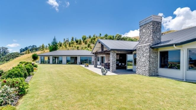 High Ridge for sale in gated Havelock North, New Zealand estate