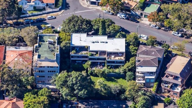 Eight Neutral Bay strata owners combine to offer amalgamated holding
