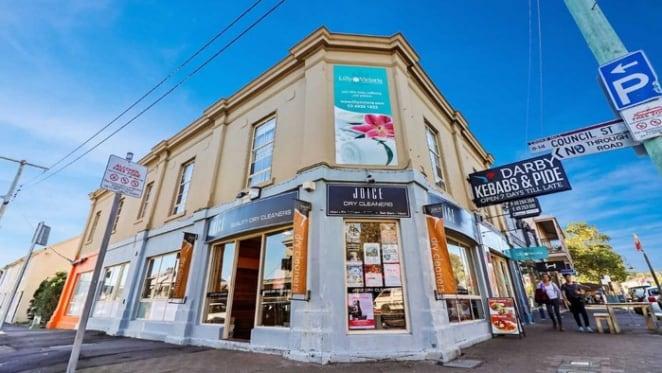 Newcastle retail property sold via online auction