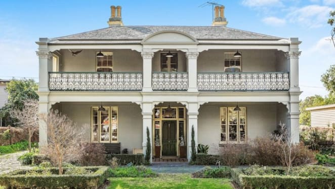 Osborne House, one of Williamstown's oldest homes, listed for sale