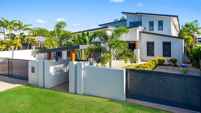 Palm Beach trophy home listed for $2.7 million