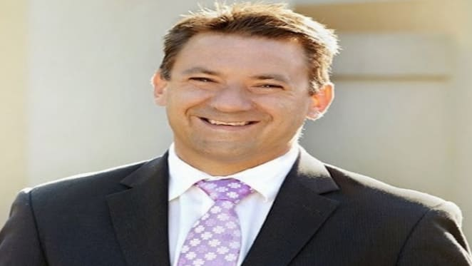 Rogue deluxe estate agent Paul Pfeffer avoids jail but damages profession