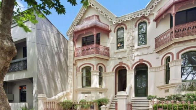 Hobart based actors Marta Dusseldorp and Ben Winspear seek Paddington tenants