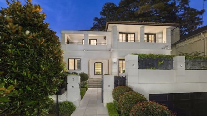 Sydney's Point Piper tops median value for houses in 2016