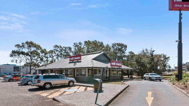 Mt Annan Red Rooster sells on a yield of nearly 4 percent at Burgess Rawson auction
