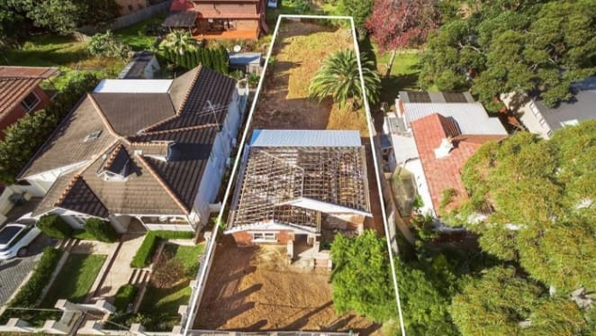 Roofless mortgagee Denistone offering