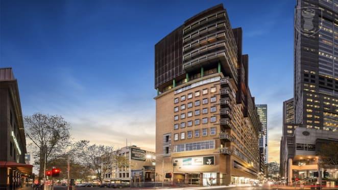 Retail assets at Paris End of Melbourne's CBD fetch $4.95 million at auction