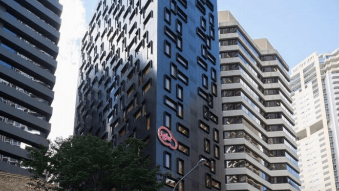 Iglu's Brisbane student tower opens after 3-month delay for safety checks