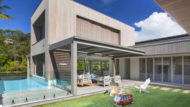 Austrian tennis champ Thomas Muster sells in Noosa