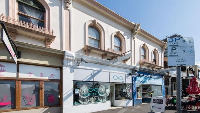 Waterfront building with retail in Williamstown fetches $1.94 million at auction