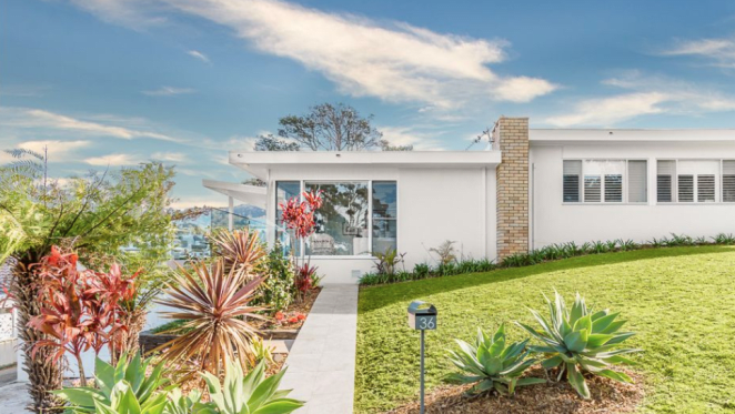 Mid century modern trophy home set for auction in Thirroul
