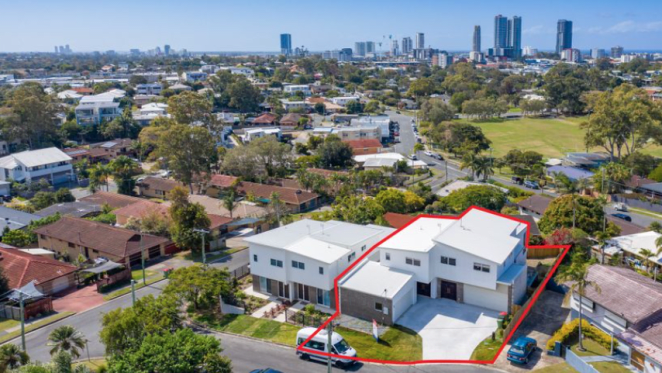 Two villas in Queensland's Gold Coast listed for mortgagee auction
