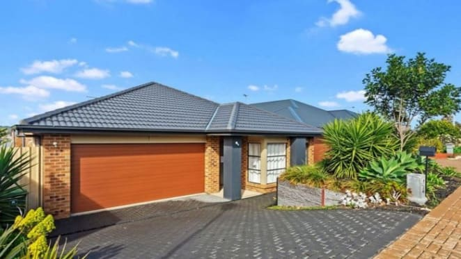 Seaford Meadows, SA mortgagee home sold for $35,000 below asking price