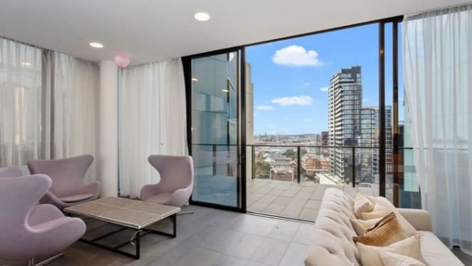 South Yarra mortgagee apartment sold for $88,000 loss
