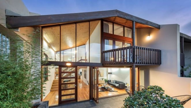 Carlton trophy unit Station Mews under the hammer this weekend