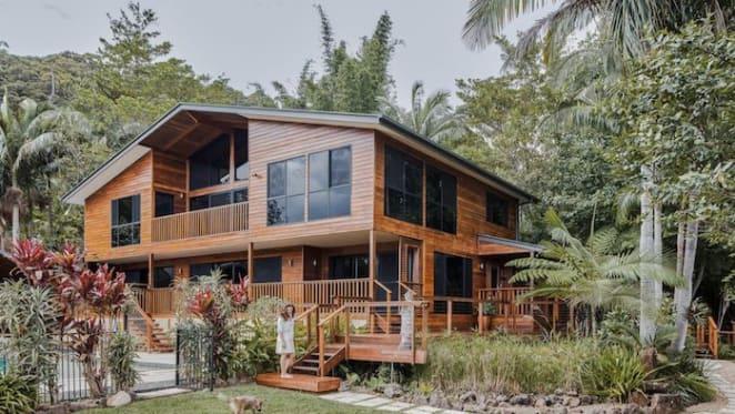 Hollywood stunt double couple lists Gold Coast hinterland home