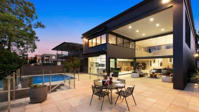 Architect Raf Tomaszewski lists Tennyson family home