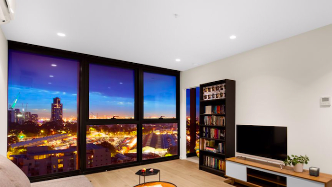 Bargain property in the Melbourne CBD? First Victoria One Elizabeth Street resale makes loss