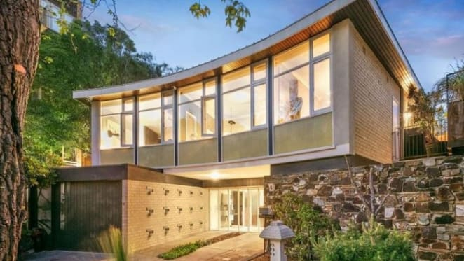 Modernist Toorak home designed by Anatol Kagan listed