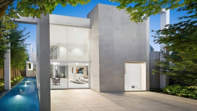 Naomi Triguboff Travers sells designer Toorak home