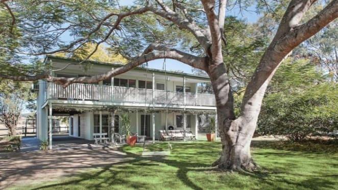 Troy Cassar-Daley sells Queensland farm getaway