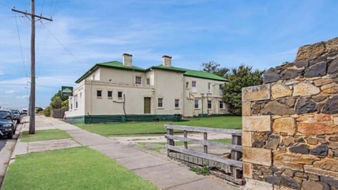 19th century Tasmanian hotel listed for sale