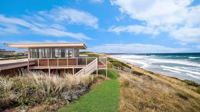 Seaside Warrnambool trophy home with high water mark title sold
